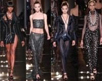 Naomi Campbell opens Atelier Versace's Couture show