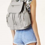 Lunchtime Buy: Topshop snake zippy backpack