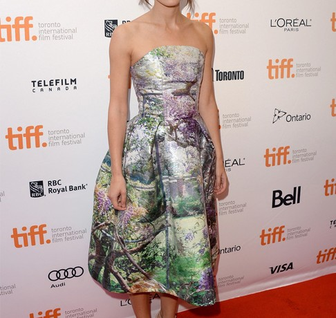 Keira Knightley takes our breath away in strapless Mary Katrantzou