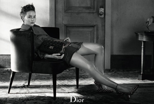 Jennifer Lawrence returns for more timeless Dior pics