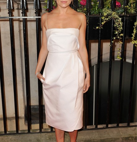Sienna Miller is a vision in Carven Resort