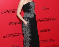 Elizabeth Banks is Worst Dressed of the Week in Jenny Packham