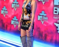 Miley Cyrus is Worst Dressed of the Week at 2013 MTV EMAs