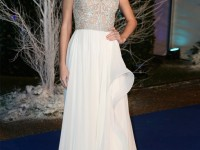 taylor-swift-winter-whites-reem-acra