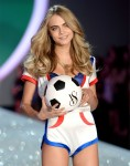 cara-delevingne-most-googled-name-2013