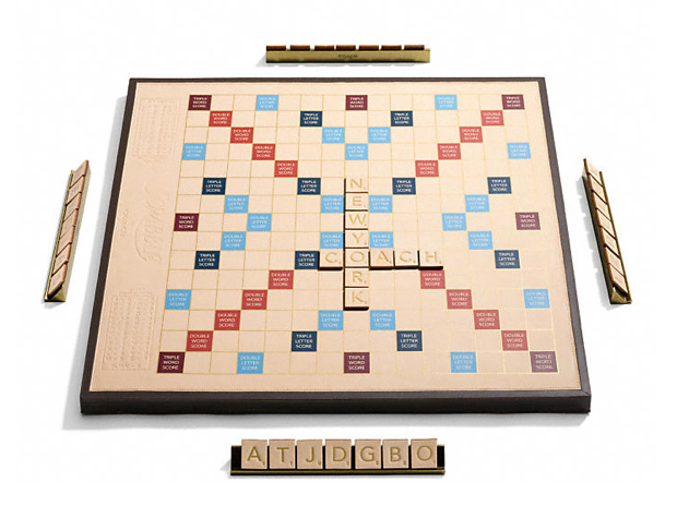 coach-scrabble-set