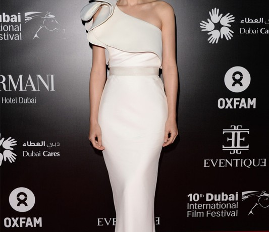 Rooney Mara takes our breath away in white Lanvin dress