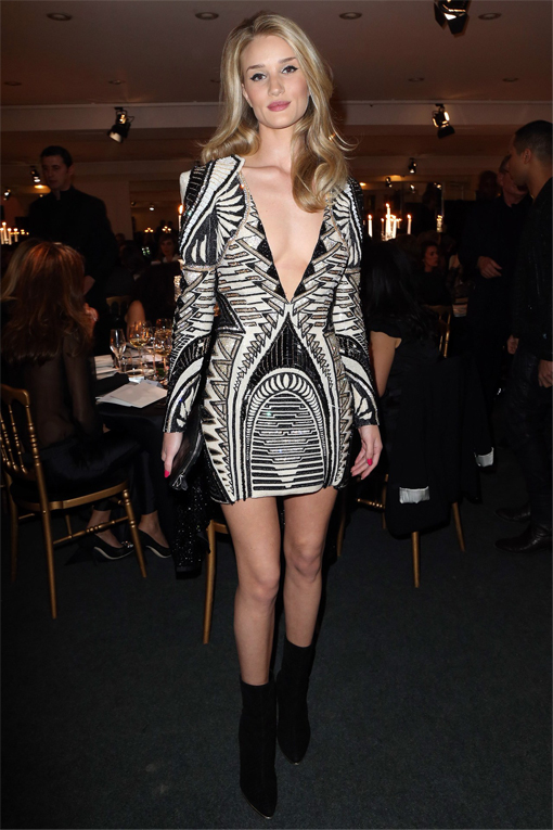 Rosie Huntington Whiteley wows in plunging Balmain mini