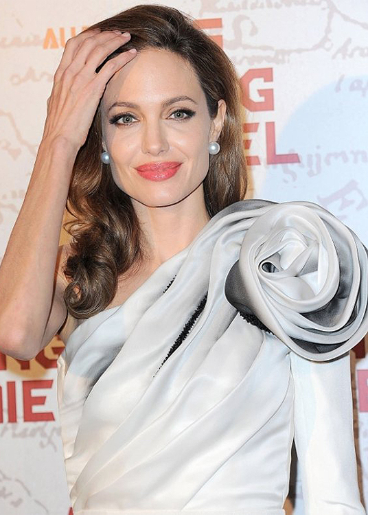 angelina-jolie-ralph-and-russo