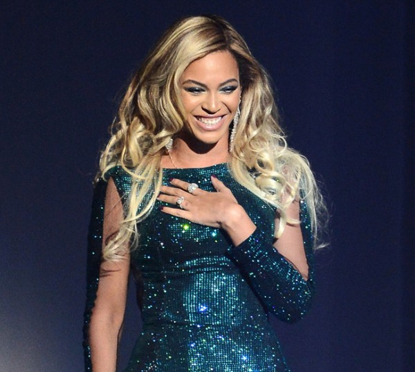 Beyonce's make-up artist confirms that she's just as perfect as we all thought