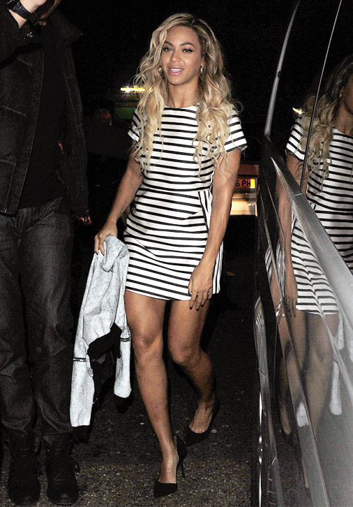 Beyonce stuns in striped Topshop dress