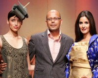 Indian Fashion Designers Introduce London Business School to Creativity