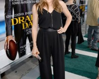 Jennifer Garner nails the flared jumpsuit in Max Mara
