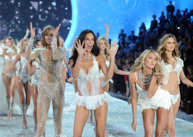 This year's Victoria's Secret Show will be in London!