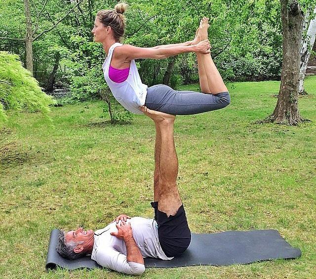 gisele-yoga