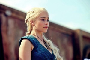 A step-by-step guide to the Game of Thrones Daenerys braided hairstyle!