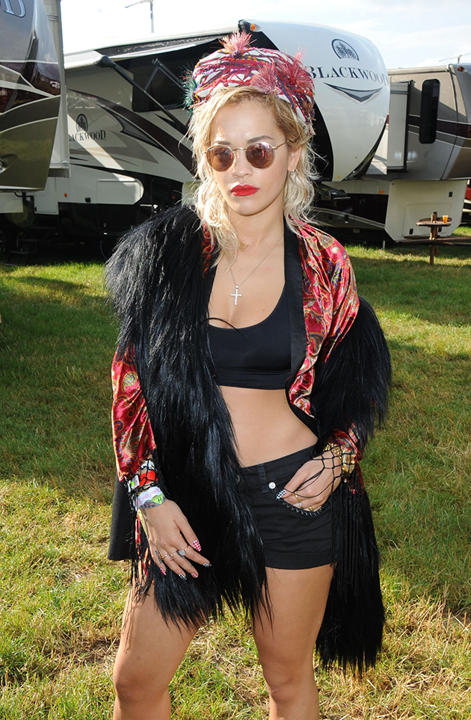rita ora backstage glastonbury