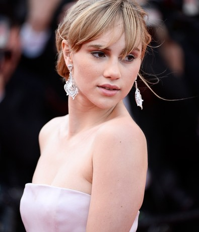 Suki Waterhouse lands big movie role!