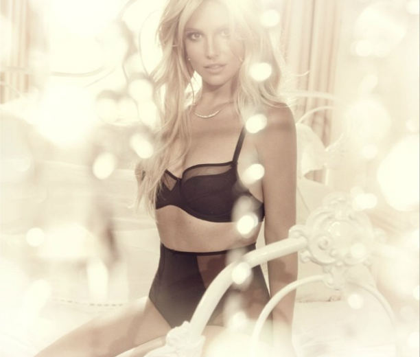 Britney Spears turns lingerie designer!
