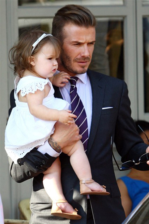 harper-beckham-third-birthday
