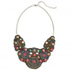 Lunchtime Buy: H&M short beaded necklace