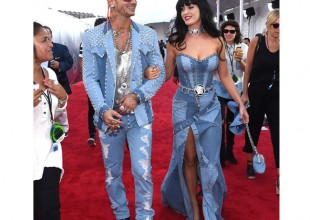 Katy Perry channels Britney Spears and recreates THAT double denim look for MTV VMAs