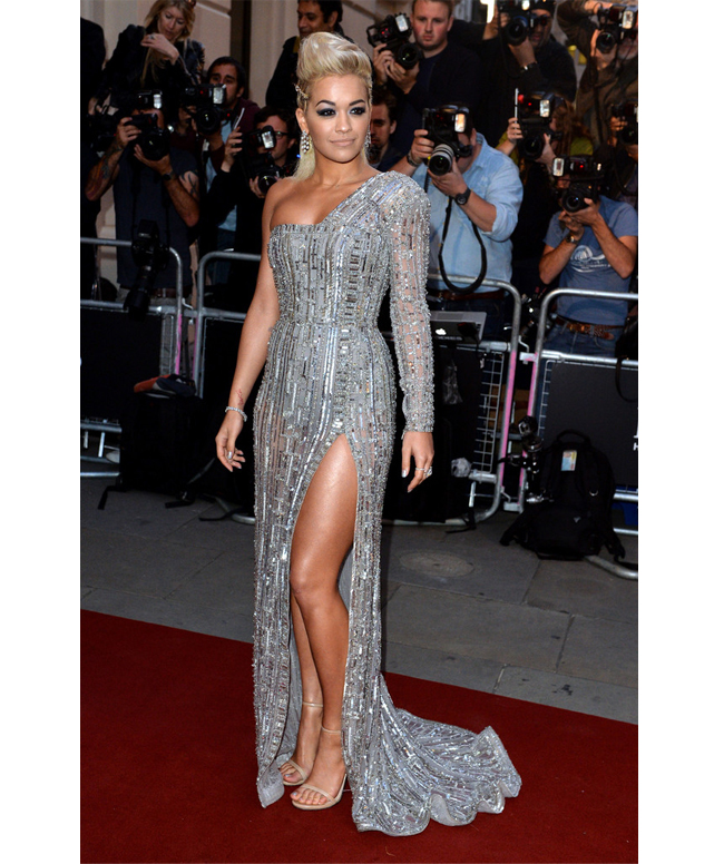 rita-ora-gq-men-of-the-year-awards-zuhair-murad-couture-dress