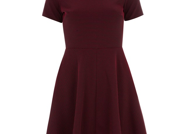 Lunchtime Buy: Dorothy Perkins burgundy red Dobby spot dress