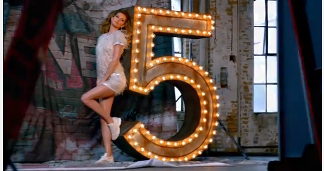 WATCH Gisele's Chanel No 5 ad in full!