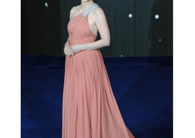 Jessica Chastain is an elegant, dreamy Princess in Saint Laurent at Interstellar premiere