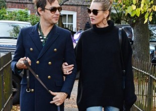 Get Kate Moss' effortless and stylish casual look