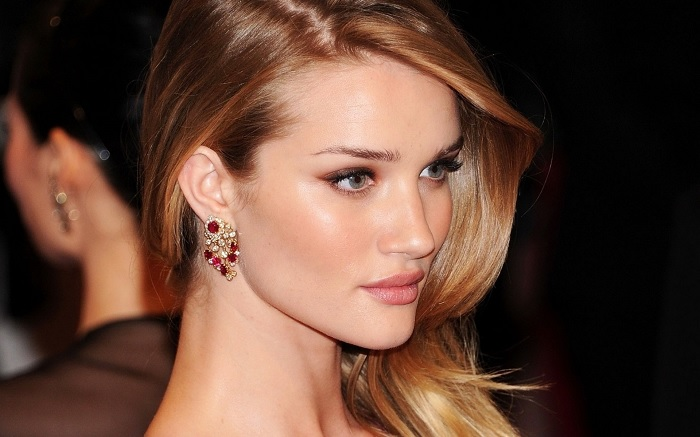 rosiehuntington-whiteley2
