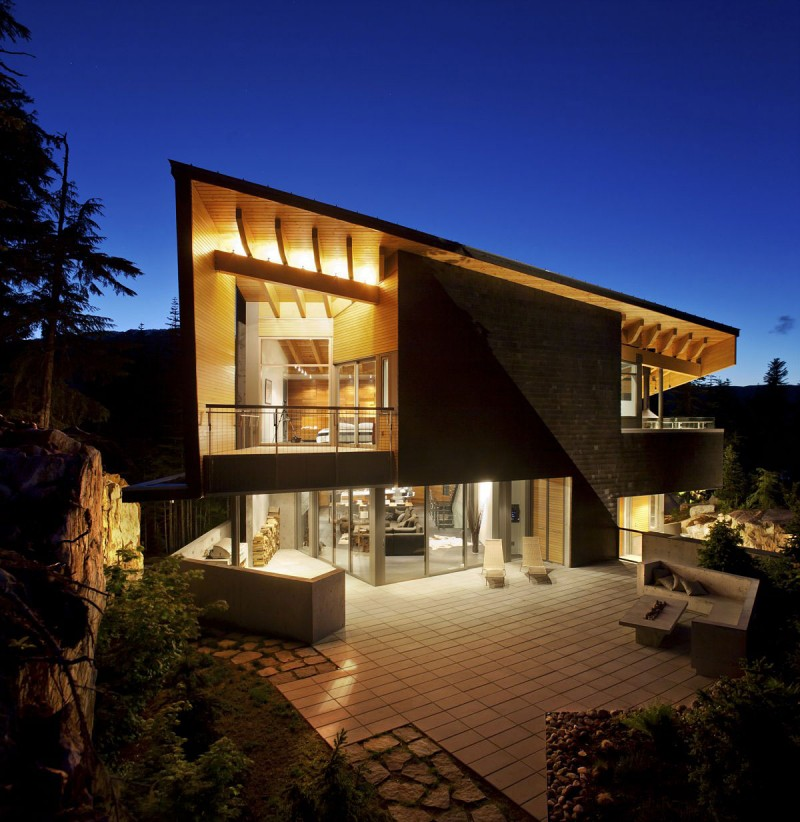 Whistler Luxury Home 7 Bedrooms Ext Night