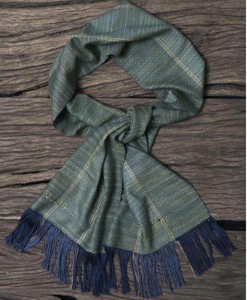 apoccas-scarf-2