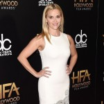 Reese Witherspoon Nails Winter White At Hollywood Film Awards 2015
