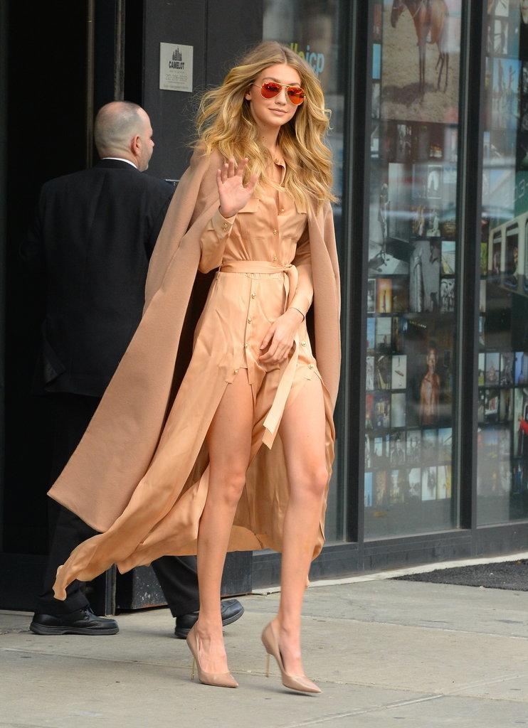 Gigi-Hadid-Wearing-Self-Portrait-Dress