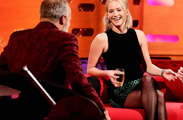 Coffee Morning Round-Up: Jennifer Lawrence Gets Drunk & Disappointed On New Year's Eve & More…