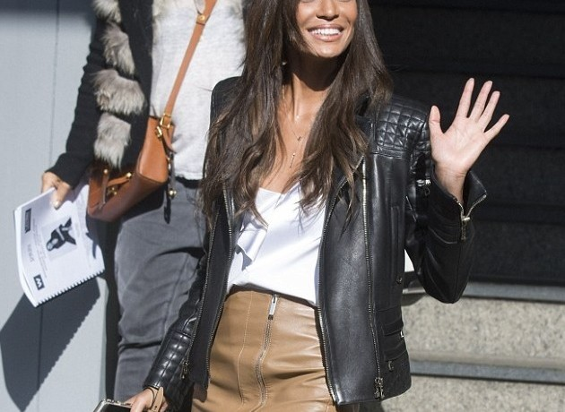 Workwear Staple: The Leather Pencil Skirt