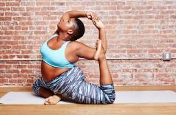 Getting To Know Yoga Teacher & Body Positive Advocate Jessamyn Stanley