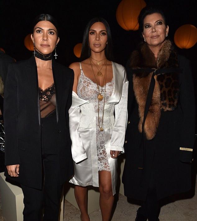kimkardashian-gunpoint