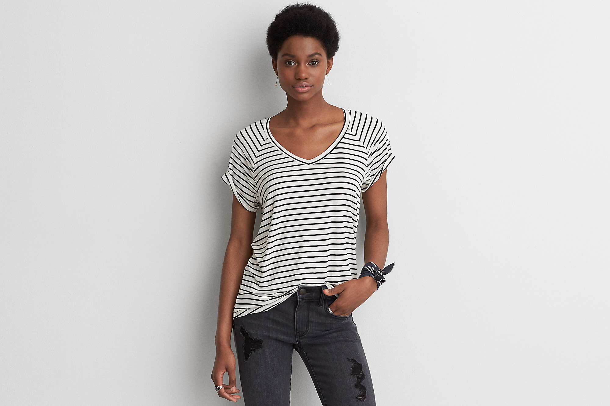 Get 40 Off Summer Essentials At American Eagle Outfitters