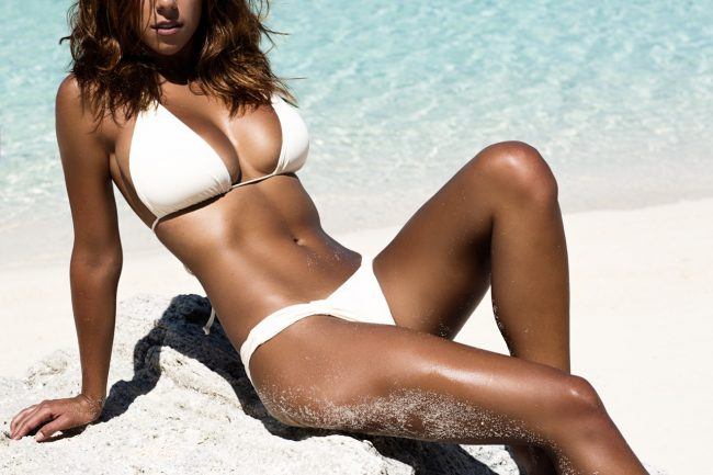 5 Of The Best Chic Swimsuits For Large Busts
