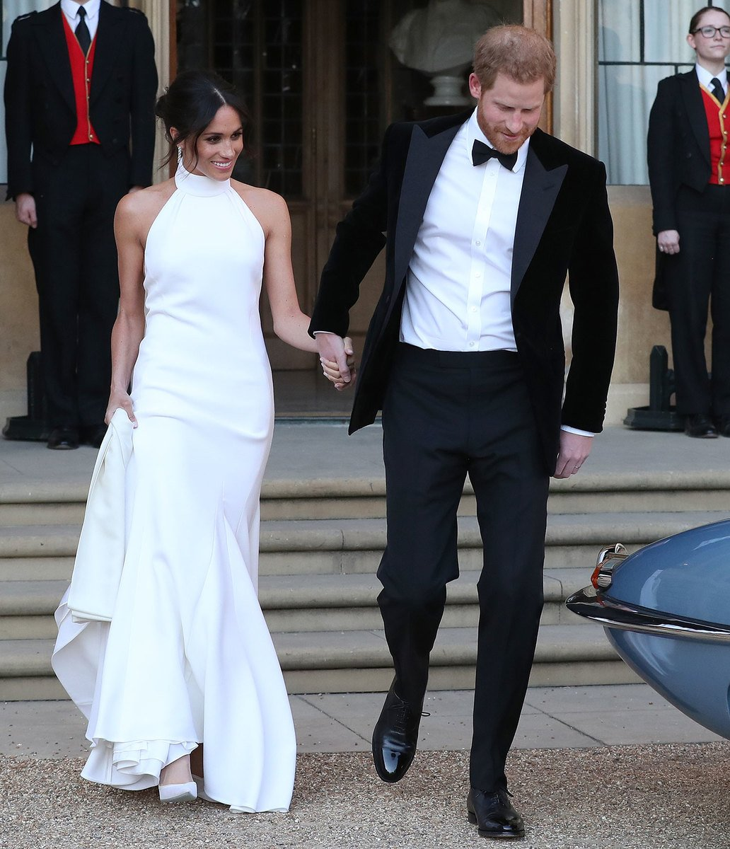 meghan-markles-givenchy-wedding-dress-was-absolutely-stunning