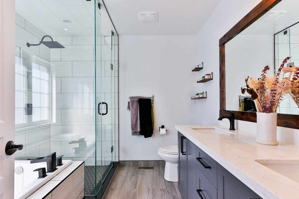 how to decorate your bathroom