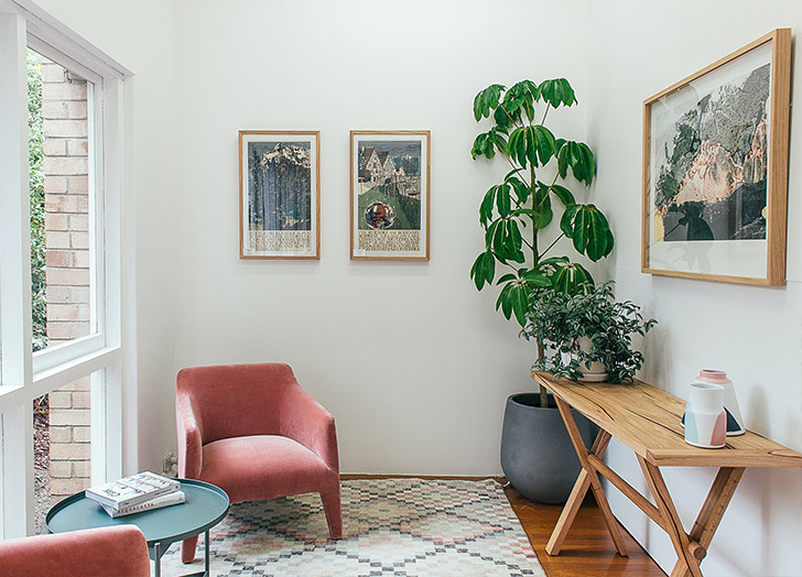 arrange pictures on the wall